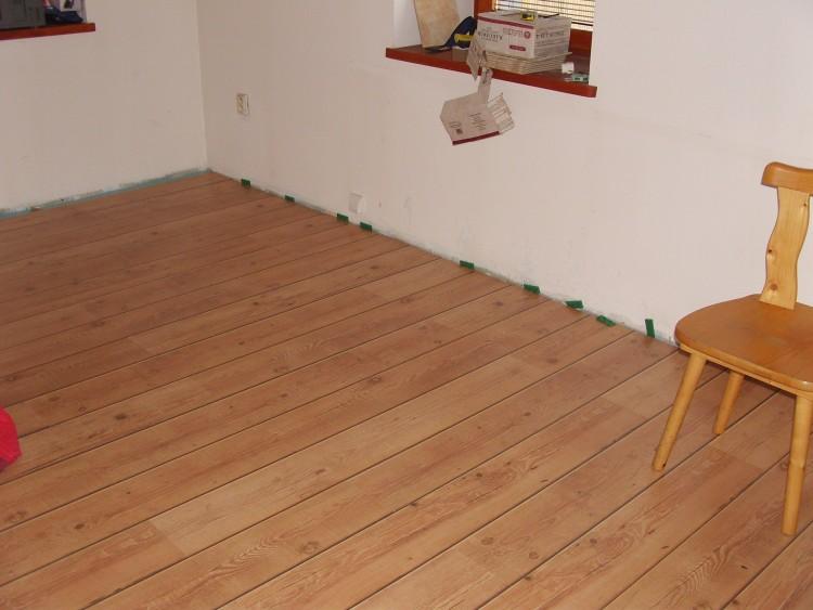 Vinyl nebo plovoucí podlaha